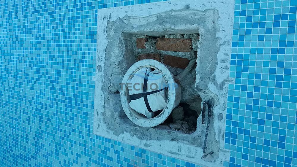 Dettaglio ristrutturazione piscine